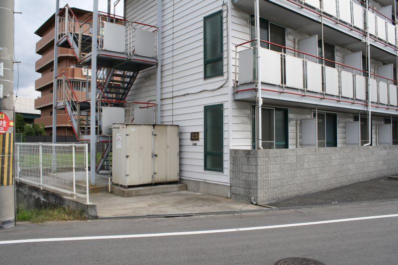 老朽化したアパート